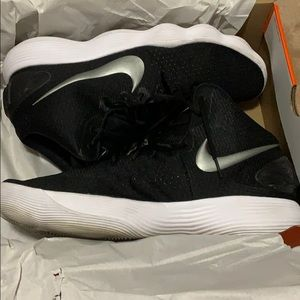 Men's Nike basketball shoes size 16